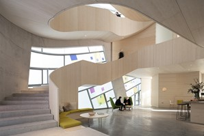 jmarchitects' Maggie's St. Bart's building, with Steven Holl Architects, has won the Jury's vote for the Architizer A+ Health Care & Wellness Award.